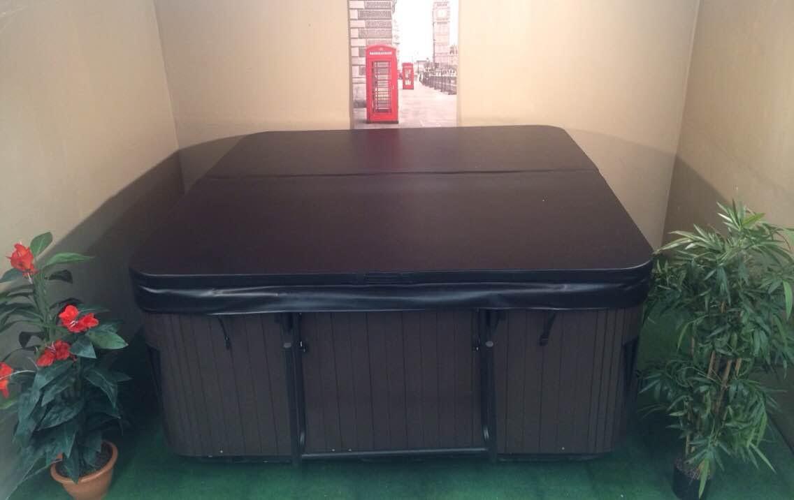 couverture de spa pas cher affordable jacuzzi spa sauna. Black Bedroom Furniture Sets. Home Design Ideas